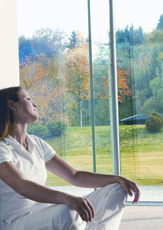 Pellicola adesiva trasparente protezione solare per vetri for Pellicola adesiva per vetri ikea