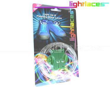 Light Laces Lacci Per Scarpe Luminosi In Fibra Ottica A Led Conf.2pz Verdi 5dc36e4d3b3